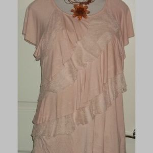 Tiered ruffled lace top dusty rose pull over EUC